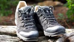 登山鞋中的勞斯萊斯--LOWA 洛瓦戶外鞋